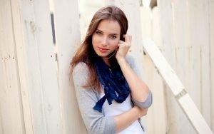 6906609-nice-brunette-girl