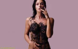 Body-Black-Monica-Bellucci