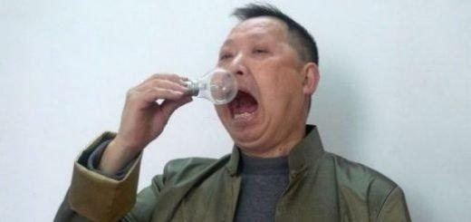 wang-xianjun-lightbulb-eater