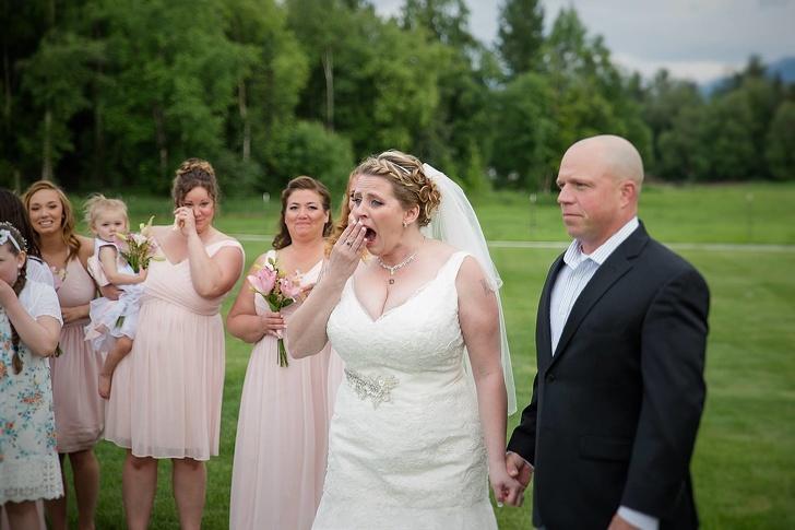 ქორწილის დღეს მიღებულმა საჩუქარმა ყველა აატირა