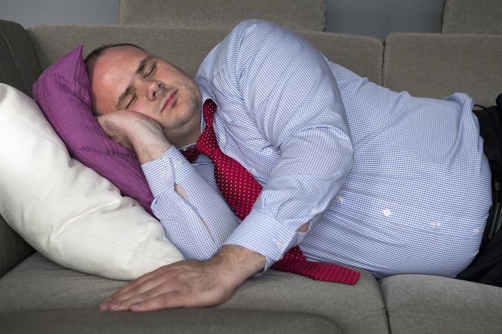 რატომ მოგვდის დორბლი ძილის დროს და რით შევაჩეროთ ის?