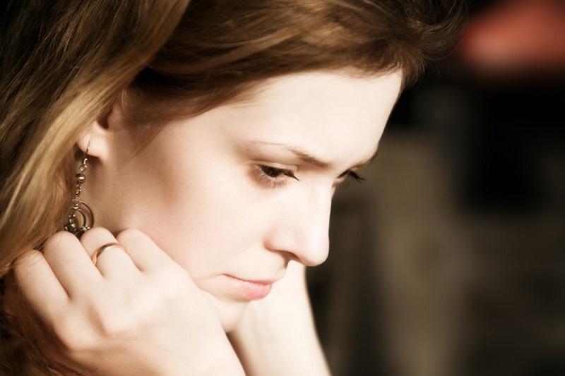 კვლევა: გათხოვილ ქალებს მეტი სტრესი აქვთ ოჯახში, ვიდრე მარტოხელებს. ჩვენ გასწავლით როგორ დააღწიოთ თავი უსარგებლო განცდებს ოჯახურ ცხოვრებაში