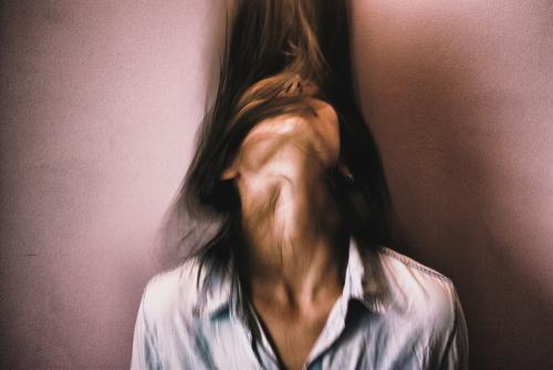 თერაპია ამას არ უშველის. რა შემთხვევებში გვჭირდება ფსიქიატრთან ვიზიტი?