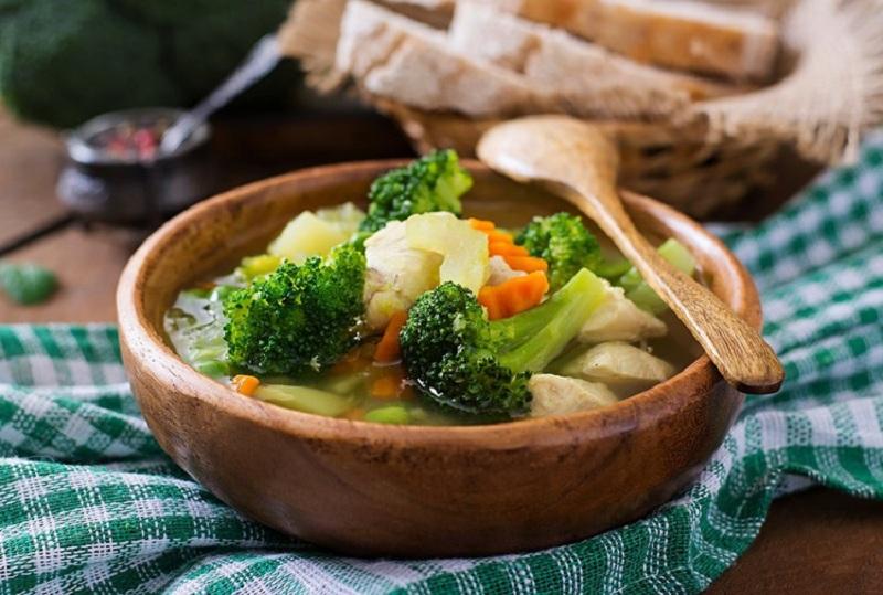 სუპები, სალათები და საუზმეები: 7 ექსკლუზიური საგაზაფხულო რეცეპტი