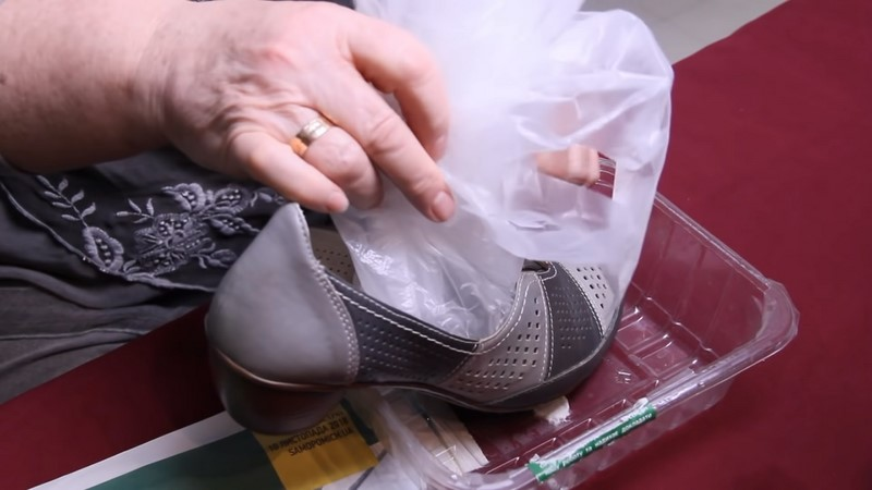 როგორ გავჭიმოთ მჭიდრო ფეხსაცმელი
