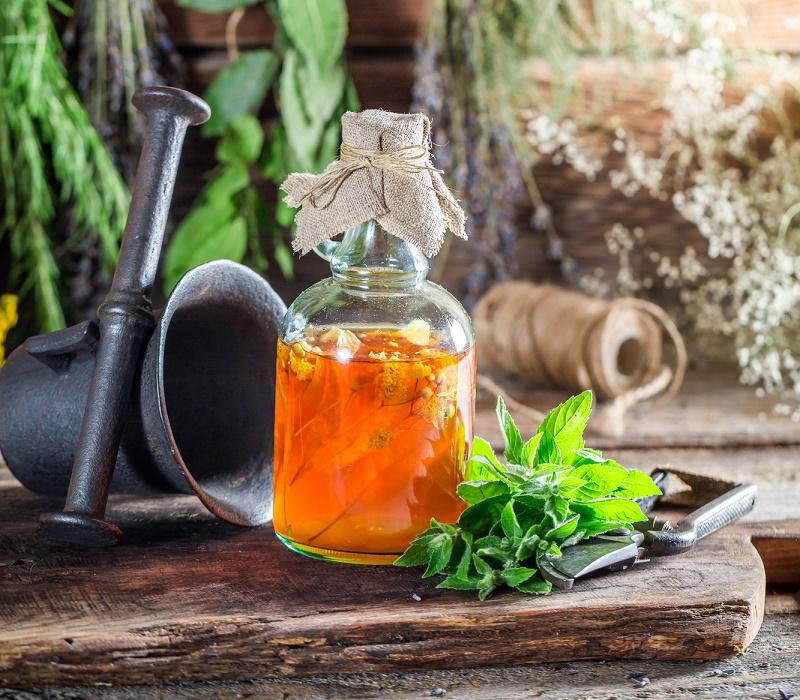 ნამდვილი თავადური სასმელია. ცაცხვის ყვავილი ყველაზე არომატულ დასალევს ქმნის.
