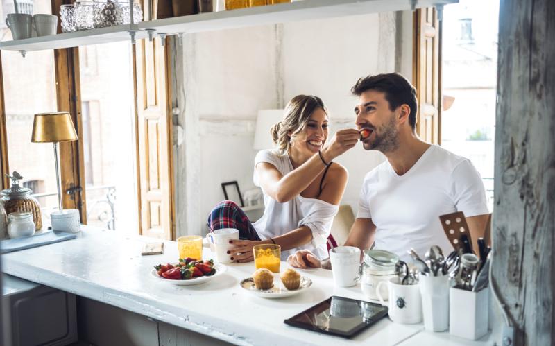 7 შეცდომა სამზარეულოში, რომელიც შეიძლება ჯანმრთელობის გაუარესების ფასად დაგიჯდეთ