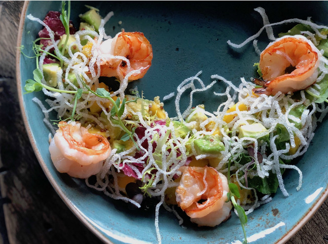 თევზის სალათების 4 რეცეპტი საზაფხულო სადილისთვის