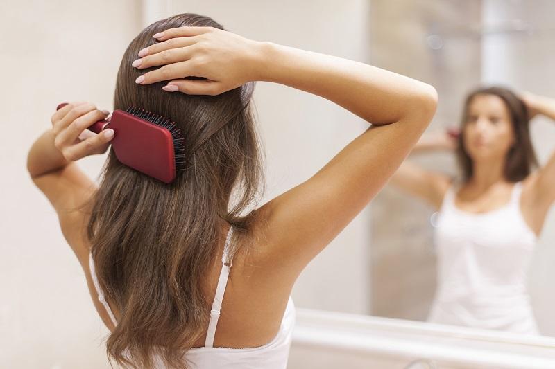 არ არსებობს ცხიმიანი თმა, არსებობს ცხიმიანი კანი: აი, როგორ გავიკეთოთ პილინგი თავის კანისთვის.