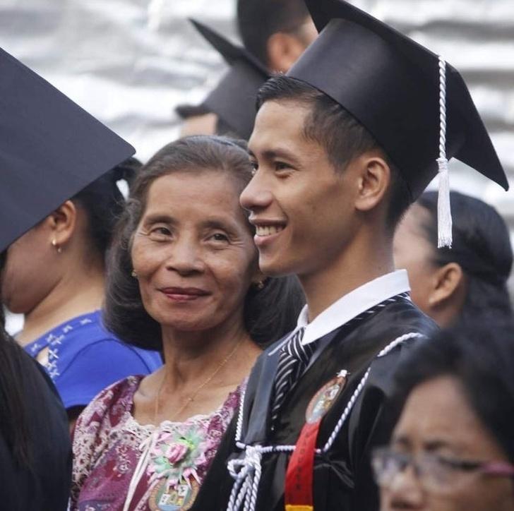 23 რეალური ფოტო, რომელიც ამტკიცებს, რომ დედები განსაკუთრებულ სიყვარულს იმსახურებენ