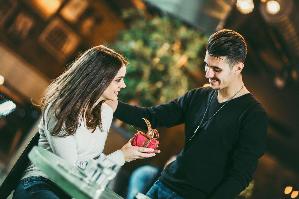ურთიერთობების 15 რეალური მიზანი, რომელიც ყველა წყვილმა უნდა გამოსცადოს